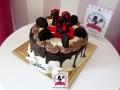 tort-marzenie-drip-cake-osiemnastka-2