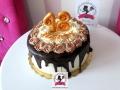 tort-marzenie-drip-cake-osiemnastka