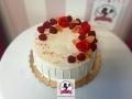 tort-marzenie-dripcake-maliny