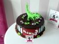 tort-marzenie2-dripcake-dinozaur