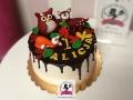 tort-marzenie2-dripcake-lesne-zwierzatka